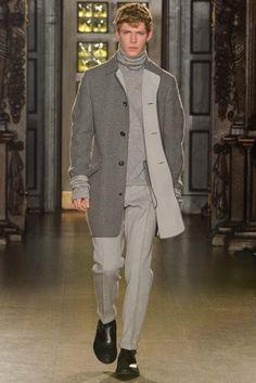 Fall 2015 Menswear  Pringle of Scotland  http://www.style.com/slideshows/fashion-shows/fall-2015-menswear/pringle-of-scotland/collection/3