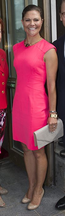 Hot in hot pink! Princess Victoria of Sweden