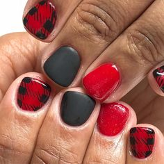 nail designs for summer nail designs for short nails 2019 kiss nail stickers nail art sticker stencils best nail polish strips 2019 Get Nails, Fancy Nails, Love Nails, How To Do Nails, Pretty Nails, Holiday Nails, Christmas Nails, Tartan Christmas, Plaid Nails