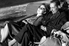 Esther Tusquets y Miguel Delibes. Foto de Oriol Maspons (1961) publicada en El País.