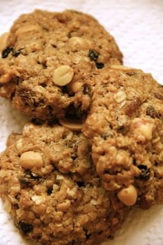 My Happy Place...: Thick and Chewy Oatmeal Raisin Cookies