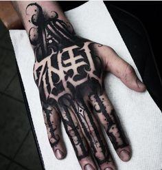 ✖️Sick hand tattoo done by the artist Abi Scanlon. Full Hand Tattoo, Small Hand Tattoos, Hand Tattoos For Guys, Foot Tattoos, Finger Tattoos, Body Art Tattoos, Ankle Tattoos, Arrow Tattoos, Temporary Tattoos