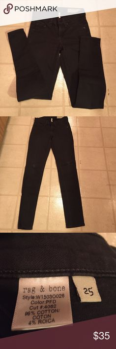 Rag and Bone leggings. Rag says pdf. Forest green. Reposhing these leggings. They just don't fit me right, I'm so bummed. They are pre-loved, perfectly broken in. Great dark, forest green color. No tears, stains, etc., in good used condition. rag & bone Jeans Skinny