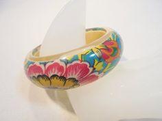 Vintage Lucite Bangle Bracelet Large Chunky Pop Art by KathiJanes