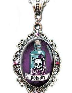 Poison Sparkle Cameo Necklace