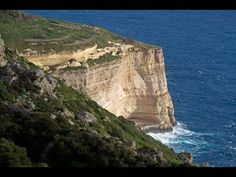 Top 18 Most Dramatic Sea Cliffs in the World