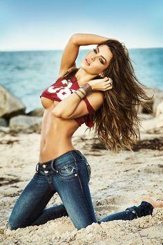 (Image Gallery) Meet Hot South American Bikini Model Natalia Velez, Former WAG of Man United Striker Radamel Falcao American Bikini, Bikini Modells, Girl Celebrities, Bikinis, Swimwear, Hot Girls, Sexy Women, Sexiest Women, Beautiful Women