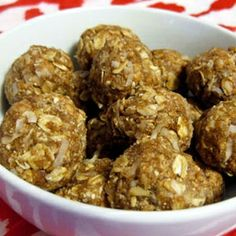 Peanut Butter Balls | 7 Snacks to take on long car trips