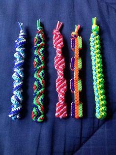 Boondoggle Crafts To Do, Crafts For Kids, Arts And Crafts, Gimp Bracelets, Friendship Bracelets, Plastic Lace Crafts, Lanyard Crafts, Bible School Crafts, String Crafts