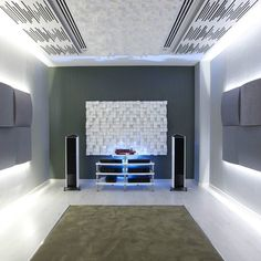 Featuring the Vicoustic Multifuser DC2, the Vicoustic Wavewood, the Vicoustic Multiwood Fuser in White and the Vicoustic Cinema Premium Round in Grey.  #audiophile #audiophiles #vicoustic #vicoustics #interior #hifi #design #interior #interiordesign #acoustics #acoustictreatment