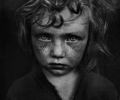 Haunting Black and White Portraits of Homeless People by Lee Jeffries | Cat in water