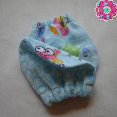 Under the Bubbly Sea No Scratch Flannel Infant Mittens  ~ JBCD  Custom made by Jodie B's Custom Designs www.jodiebs.com