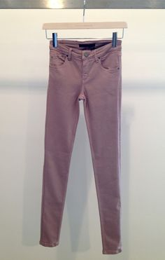 Victoria Beckham power skinny jeans in antique rose. Victoria Beckham Jeans, Antique Roses, One Color, Street Wear, Khaki Pants, Skinny Jeans, How To Wear, Clothes, Style