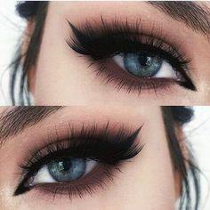 Trend Bride Eye Makeup - Trend Braut Augen Make-up – Trend bridal eye makeup – up - Makeup Trends, Makeup Inspo, Makeup Inspiration, Style Inspiration, Bride Eye Makeup, Wedding Makeup, Hair Makeup, Rock Makeup, Dress Makeup