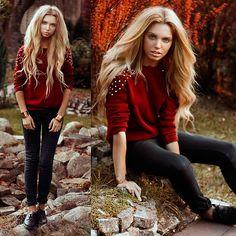 sueter rojo con leggings