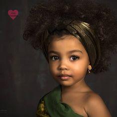 Ameli • 3 Years • Nigerian & Ukrainian ♥️ Follow instagram.com/KidsUnlockedIG Cute Mixed Babies, Cute Black Babies, Beautiful Black Babies, Beautiful Children, Beautiful Eyes, Cute Babies, Precious Children, Curly Hair Care, Curly Hair Styles