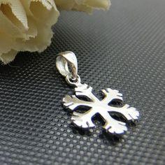 925 Sterling Silver Snowflakes Charm Pendant DIY Findings LFJ30