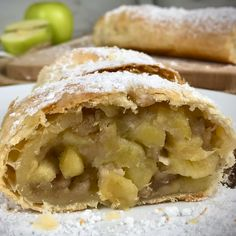Veggie Recipes, Sweet Recipes, Cooking Recipes, Chocolate Flan, Empanadas, Strudel Recipes, Dessert Drinks, Aesthetic Food, Desert Recipes