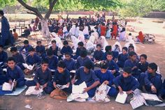 School in open area - Pakistan - Passion to learn