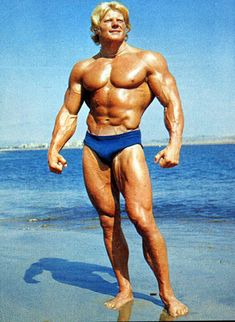 Bodybuilding-Legend Dave Draper (the blonde bomber) great story with a happy ending:)