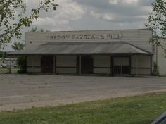 Freddy Fazbear Pizza Real Life. It is located in hurricane Utah and is abandoned