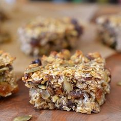 Recipe: Cakey, Oaty, Fruit- and Seed-Packed Energy Bars
