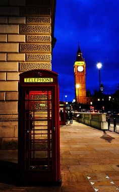 Westminster, London---The tower of Big Ben Westminster, Oh The Places You'll Go, Places To Travel, Big Ben, Wonderful Places, Beautiful Places, Telephone Booth, Voyage Europe, England And Scotland