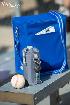 It's game time with the Picnic Thermal and Bring-A-Bottle™ Thermal. Play ball!