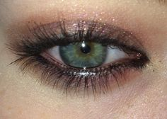 brown eyeshadow/green eyes