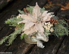 Poinsettia Arrangements for Centerpieces | Holiday Poinsettia Centerpiece , Ch ristmas Poinsettia in Decorative ...
