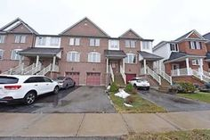 FREE HOLD TOWNHOUSE  FOR SALE  IN MILTON