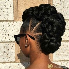 Best Wedding Hairstyles For Natural Afro Hair - Hair Styles - Hair Style Ideas Natural Afro Hairstyles, Natural Hair Updo, African Hairstyles, Twist Hairstyles, Black Women Hairstyles, Wedding Hairstyles, Black Hair Updo Hairstyles, Short Hairstyles, Gorgeous Hairstyles