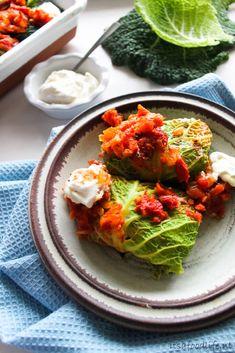 vegetarisch gevulde savooiekool. Een gezonde ovenschotel met veel groente | It's a Food Life