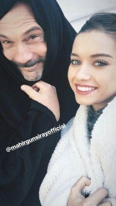 Afra Saraçoğlu Girl Photo Poses, Girl Photos, Female Actresses, Actors & Actresses, My Only Love, Turkish Actors, Daughter, Hoop Earrings, Celebrity