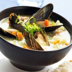 Pittige soep van mosselen
