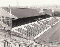 Old photos of Hillsborough Stadium Hillsborough Stadium, Sheffield Wednesday Football, Old Photos, Fans, Model, Old Pictures, Vintage Photos