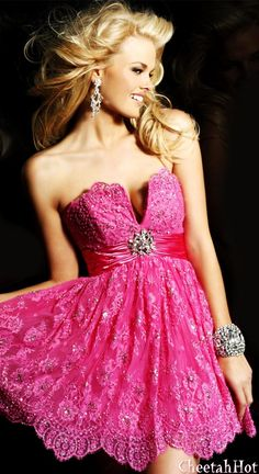 SHERRI HILL - Authentic Designer - Pretty Strapless Dress - Fuchsia