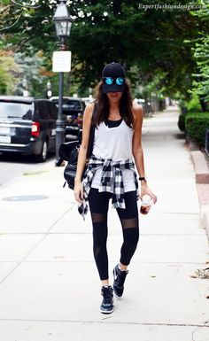 9bf9570be Sporty Outfits – Studio to Street Style  Black   White Athletic Look (Pumps    Iron) – Looks Magazine