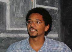 Consciência Negra. http://www.passosmgonline.com/index.php/2014-01-22-23-08-21/opiniao/3398-dezembro-e-a-consciencia-negra