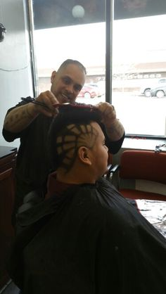 El Tigrillo's Barbershop in Chicago, IL