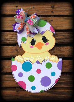 Chick Door Hanger, Easter Door Hanger, Door Hanger, Egg Door Hanger - Please attach a note to the seller with the initial, if you do not wish to have any customization o - Easter Projects, Easter Crafts For Kids, Diy Easter Cards, Preschool Crafts, Wood Crafts, Diy And Crafts, Paper Crafts, Spring Crafts, Holiday Crafts