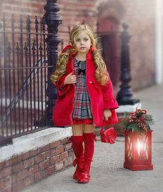 """1,908 curtidas, 34 comentários - Old Classic Photography (@irinkac33) no Instagram: """"Just a couple of days before Christmas! @la_amapola_aci  #spanishcouture, #spanishtraditionaldress,…"""" Cute Toddler Girl Clothes, Toddler Girl Outfits, Kids Outfits, Little Girl Outfits, Little Girl Fashion, Kids Fashion, Cute Kids Photography, Classic Photography, Little Girl Pictures"""