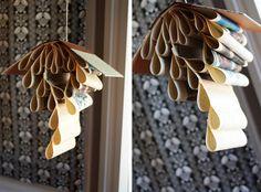 Móvil decorativo DIY con libro