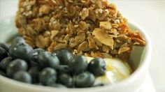 Croustillant granola - Recettes - À la di Stasio Quebec, Granola, Homemade Gifts, Sweet Tooth, Oatmeal, Sweets, Cookies, Vegetables, Breakfast