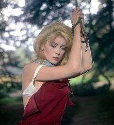 """Catherine Deneuve is the ultimate femme fatale in """"Belle de Jour"""" Catherine Deneuve, Jacques Demy, Delon, Diana Fashion, Cult, French Actress, Sophia Loren, Famous Women, Sensual"""