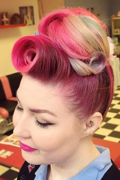 Vintage Hairstyles With Bangs - How about seeing victory rolls styles in the modern light? Alongside with little tutorials, you are going to see lots of new variations of the retro style. Donut Bun Hairstyles, Roll Hairstyle, Long Bob Hairstyles, Hairstyles With Bangs, Trendy Hairstyles, Retro Updo, Vintage Updo, Victory Rolls Updo, Victory Rolls Tutorial