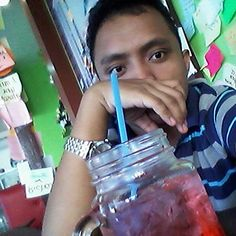 01/16/16 - Atm at Cafe Maj'stea.  #strawberryfruitsoda