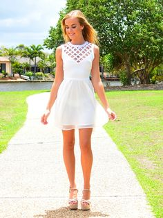 White Classical Summer Dress Geometric V Neck and Perfect Platform Sandals Look.