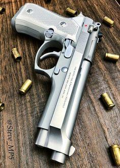 RAE Magazine Speedloaders will save you! Military Weapons, Weapons Guns, Guns And Ammo, Shooting Guns, Custom Guns, Fire Powers, Cool Guns, Airsoft, Shotgun