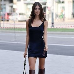Emily Ratajkowski, Gigi Hadid, and Kendall Jenner all love the knee-high boot, shop 11 styles to add to your fall wardrobe. Over The Knee Boot Outfit, Knee High Boots, Casual Skirt Outfits, Trendy Outfits, London Models, Plus Size Maxi Dresses, Night Outfits, Fall Wardrobe, Ladies Dress Design